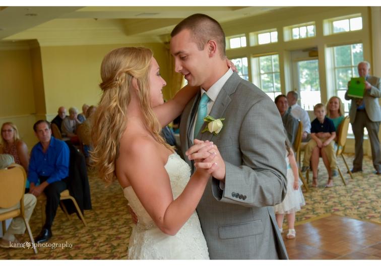 Baywood Greens wedding first dance