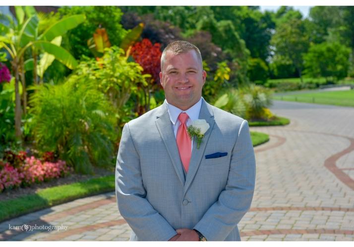 The groom Baywood Greens wedding