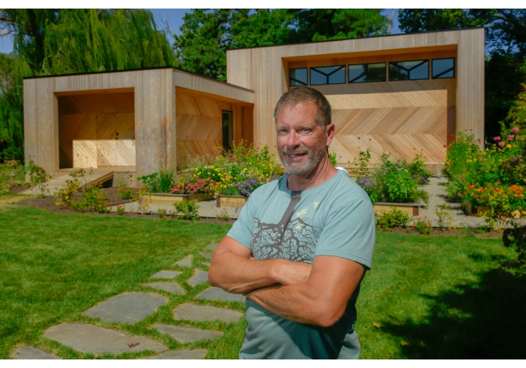 Burton Builders artist studio 11a